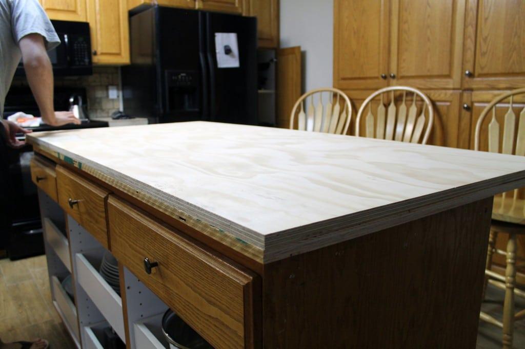 Beautiful DIY Faux Soapstone Countertops