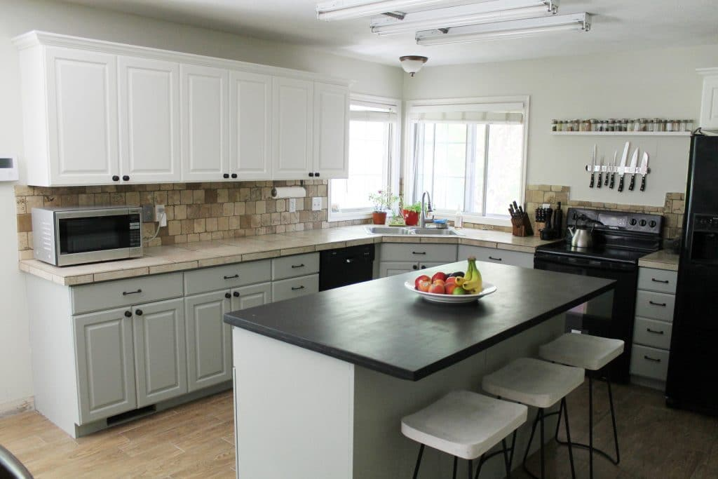 Revamp kitchen cabinets 2017 cost to refinish cabinets kitchen cabinet refinishing gray and - Discount kitchen cabinets memphis tn ...