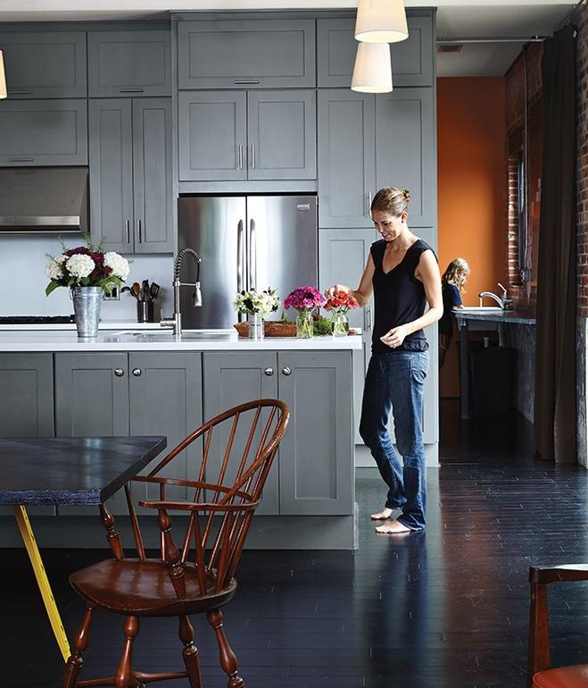 auburn-bragg_house-kitchen-portrait-bamboo_flooring