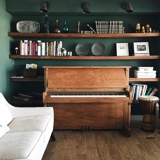 studio green no pine grove green in the reading room yeah chris loves julia. Black Bedroom Furniture Sets. Home Design Ideas