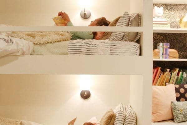 Built in bunkbeds by Chris Loves Julia