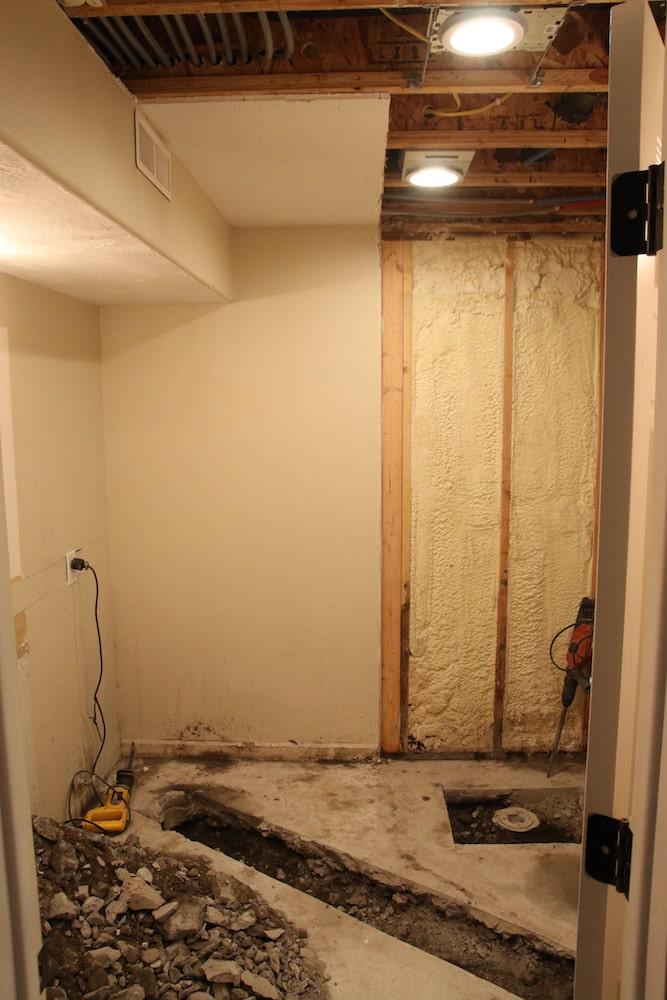 Bathroom Reno 101: Reconfiguration