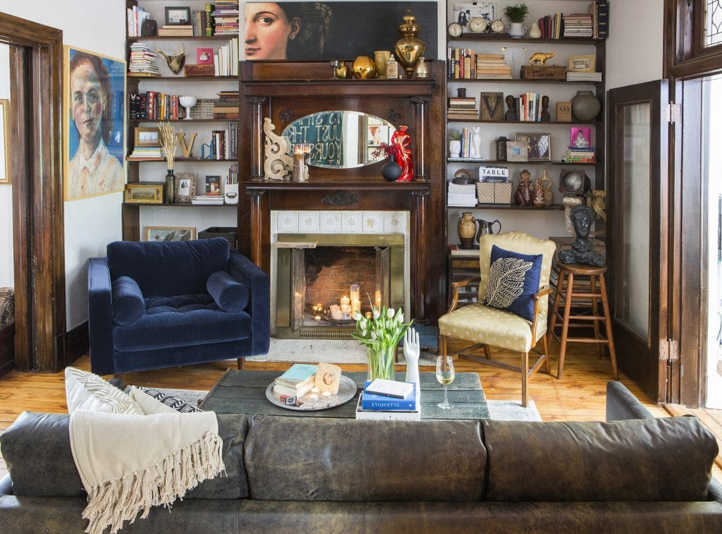 my sister's art-filled, eclectic home - chris loves julia
