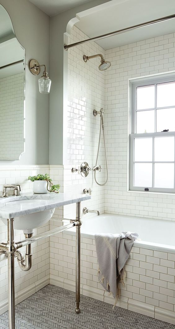 The Tile Combination For The Girls Bathroom Chris Loves Julia - Bathroom floor and wall tiles combinations