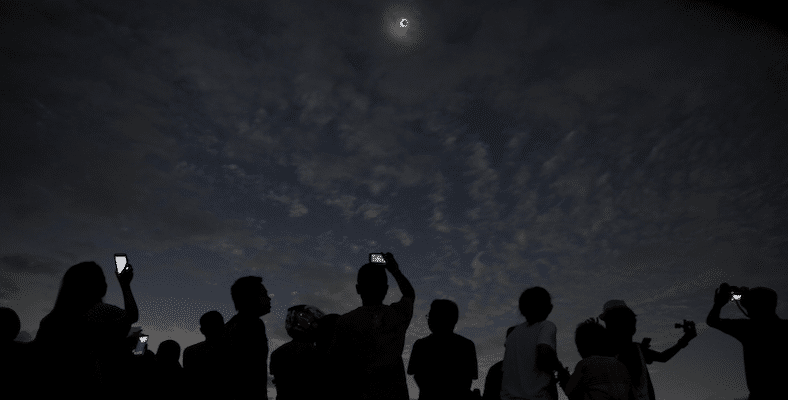 New York Times - Solar Eclipse