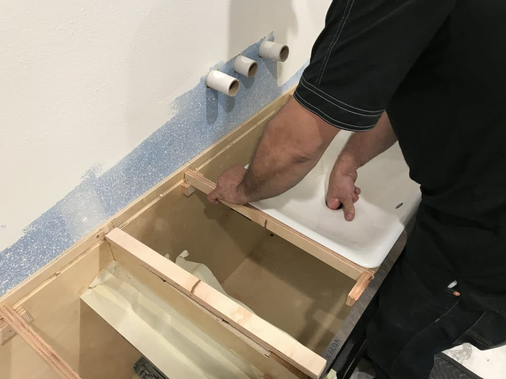 Supports for Metal Bathroom SInk