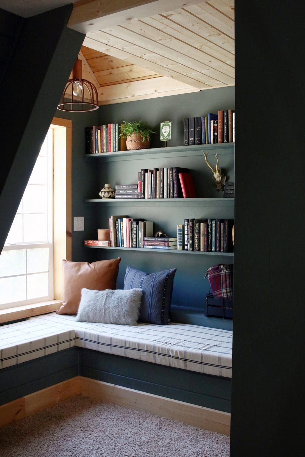 The Finished Reading Nook At The A Frame Frogtape