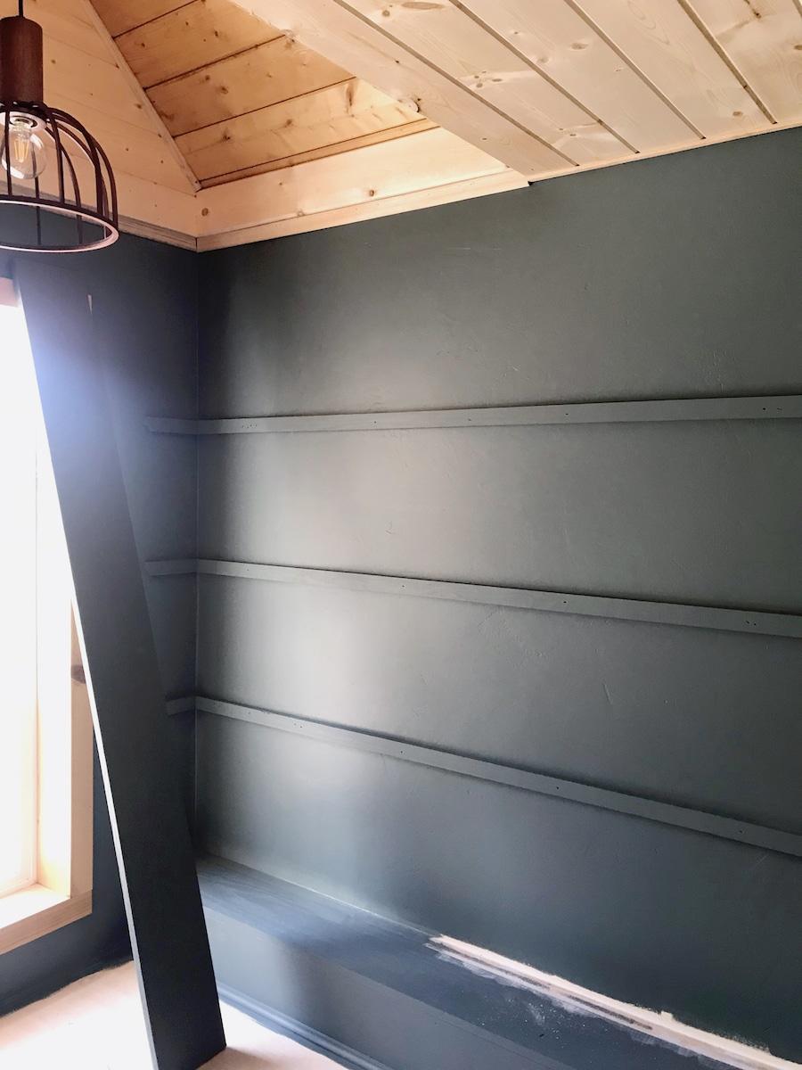 Painted shelf supports
