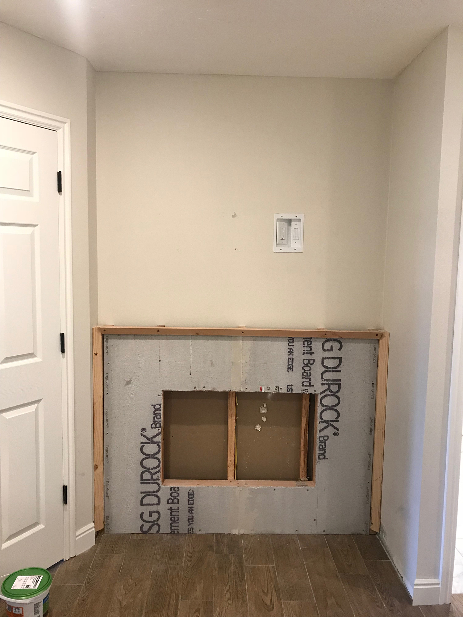 DIY Built in Electric Fireplace