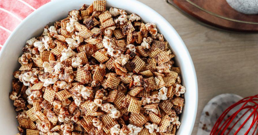 Dairy Free Chocolate Peanut Butter Caramel Corn (also gluten free, vegan)