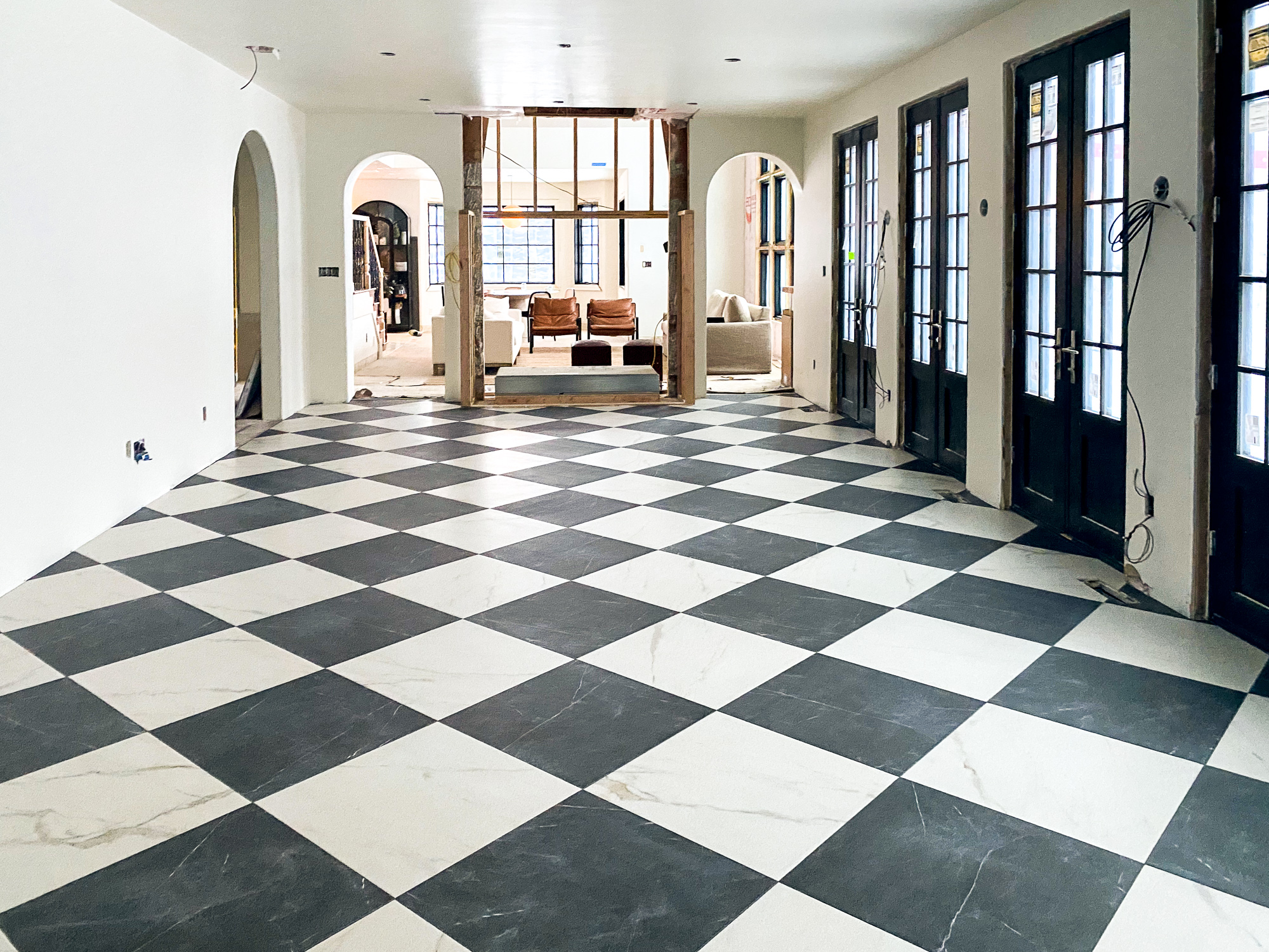 All The Details About The Stone Checkerboard Floors In The Dining Room They Re Finished Chris Loves Julia